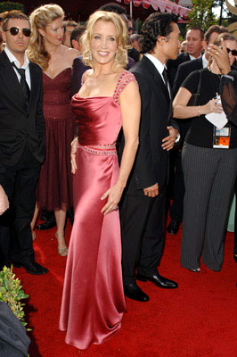 Michelle.Obama.GOWNS.Kevan.Hall.Felicity.Huffman
