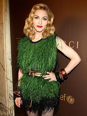 Madonna.Louis.Vuitton.green