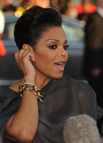 I love Janet Jackson's latest 2011