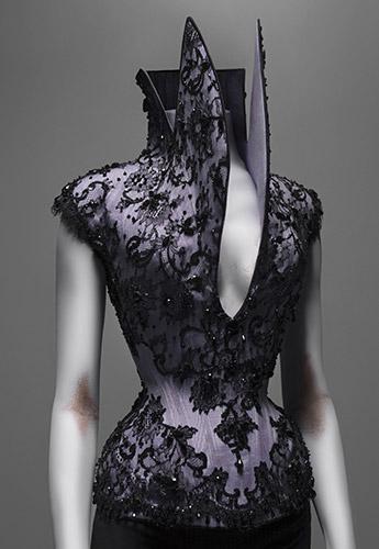 55.McQueen.Dante.lilac.silk.faille.corset