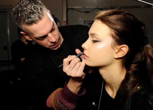 55.nyfw.NARS AW13 Carmen Marc Volvo artist in action 3